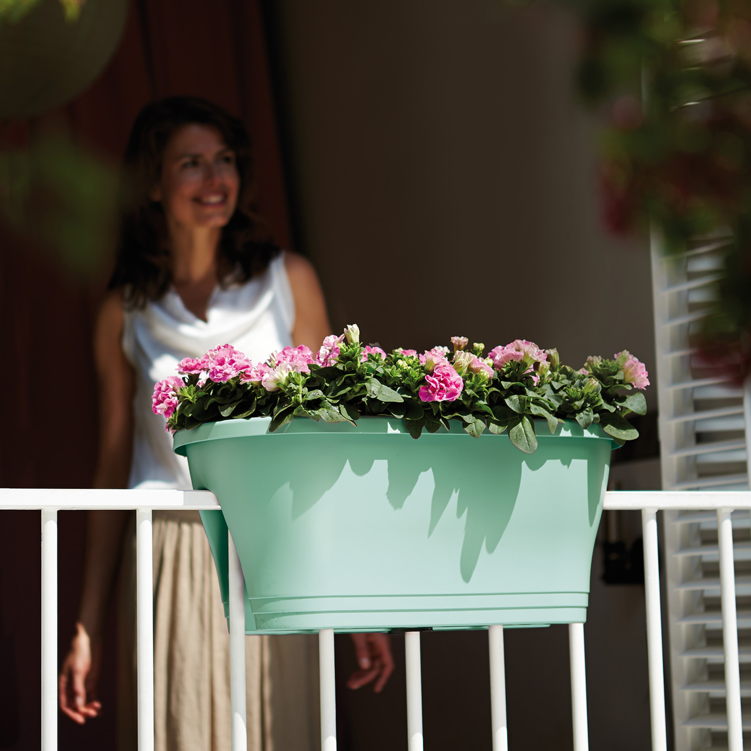 elho balkonkasten corsica flower bridge 60cm blumentopf. Black Bedroom Furniture Sets. Home Design Ideas
