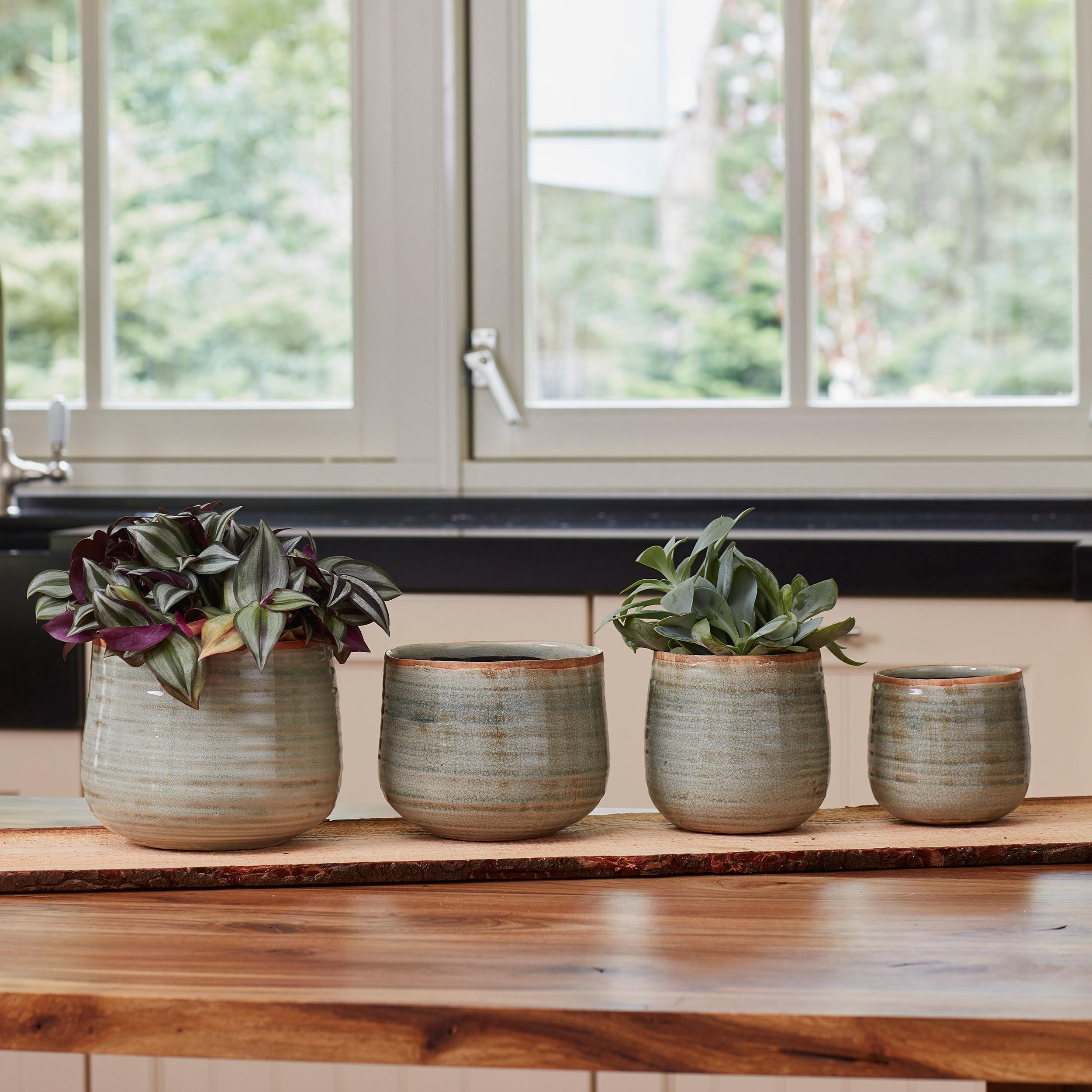 keramik blumentopf iris d15cm. Black Bedroom Furniture Sets. Home Design Ideas